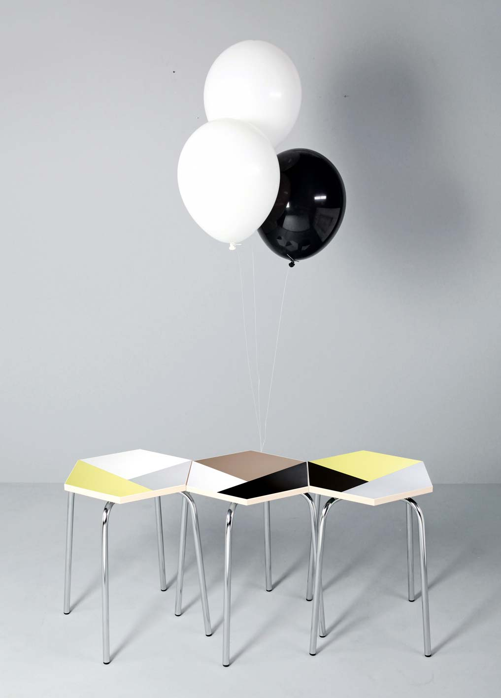 Design Hocker in bunt
