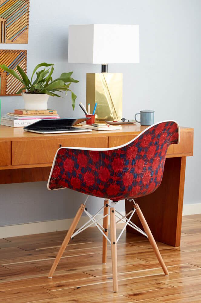 Eames Chair Hack bekleben