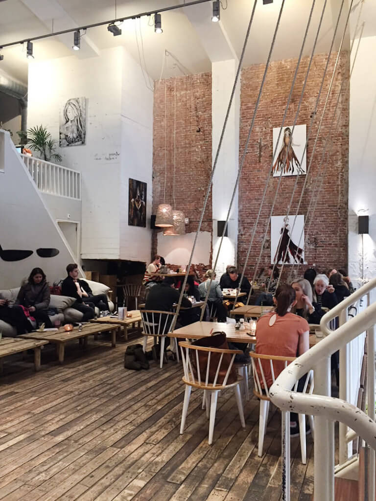 Tolle Cafe Location im Amsterdam Cityguide
