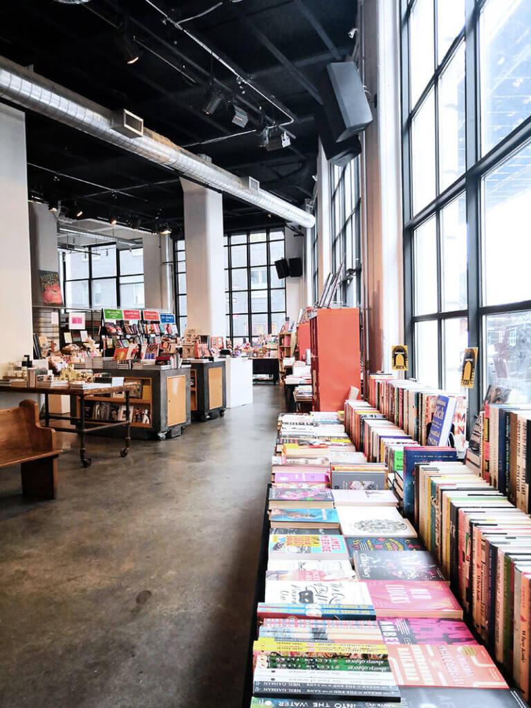 Internationale Buecher und besonderer Buchladen in den new York Highlights